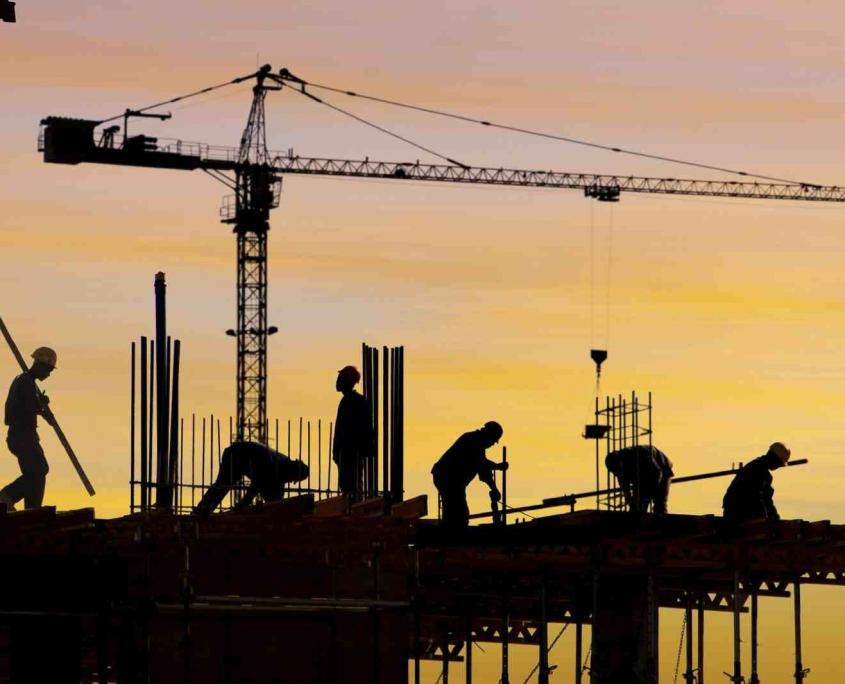 Mengapa Alat-Alat Konstruksi Wajib Dibersihkan