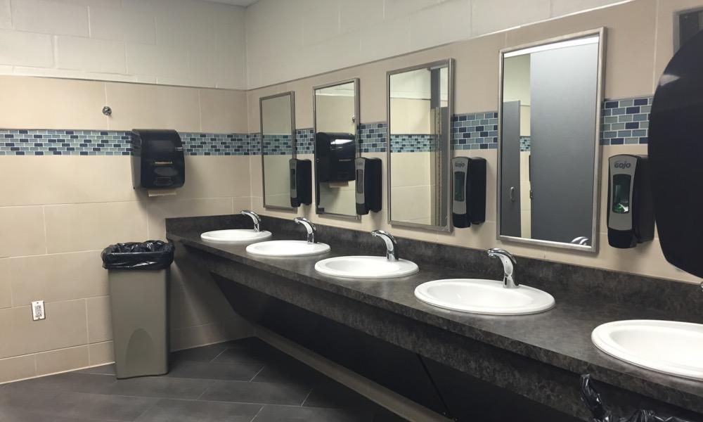 Bahaya Yang Dapat Muncul Dari Toilet Gedung Yang Tak Terjaga Kebersihannya
